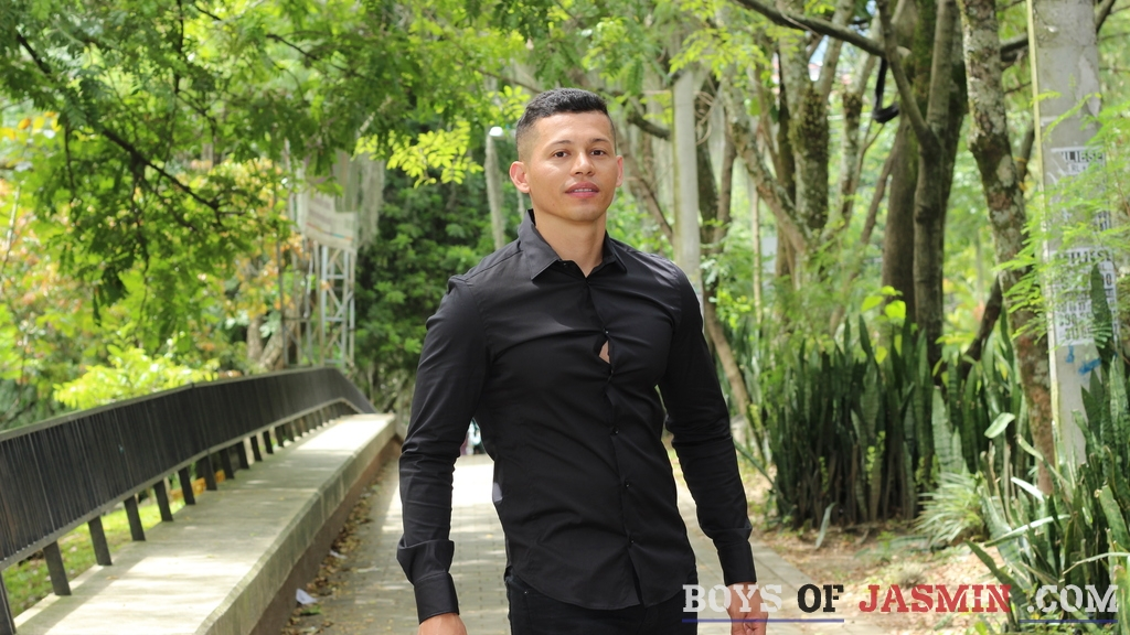 masterferdy's profile from LiveJasmin at BoysOfJasmin'