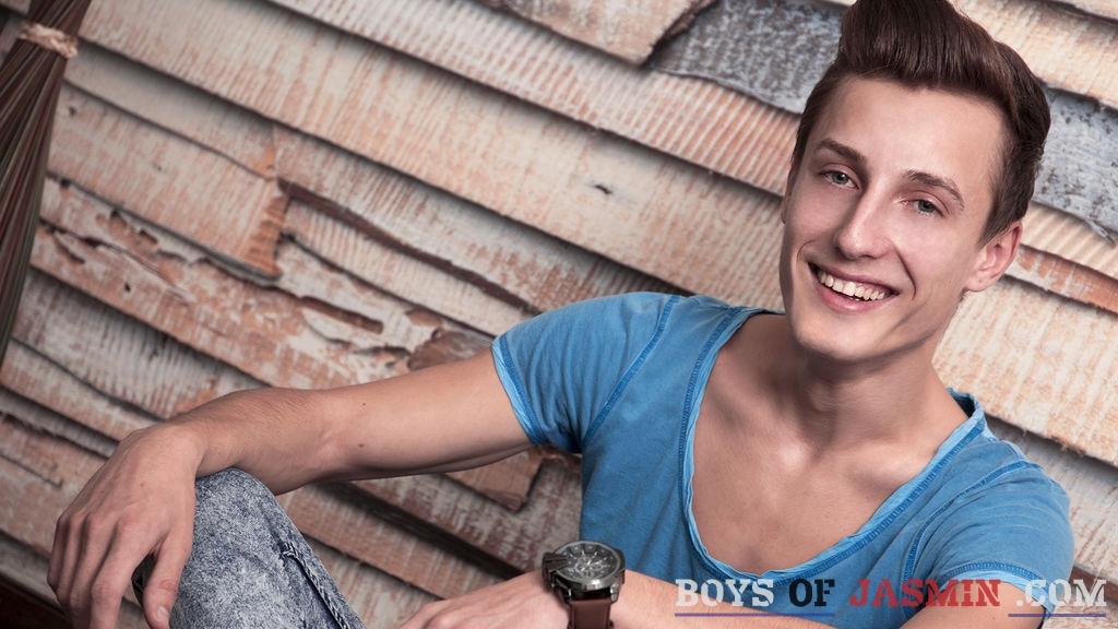 MilesKeplerX's profile from LiveJasmin at BoysOfJasmin'