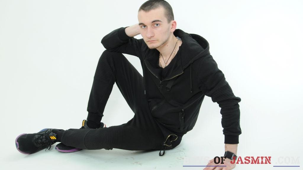 Vladam's profile from LiveJasmin at BoysOfJasmin'