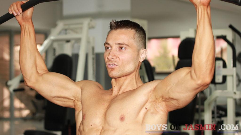 Musclebeach's profile from LiveJasmin at BoysOfJasmin'