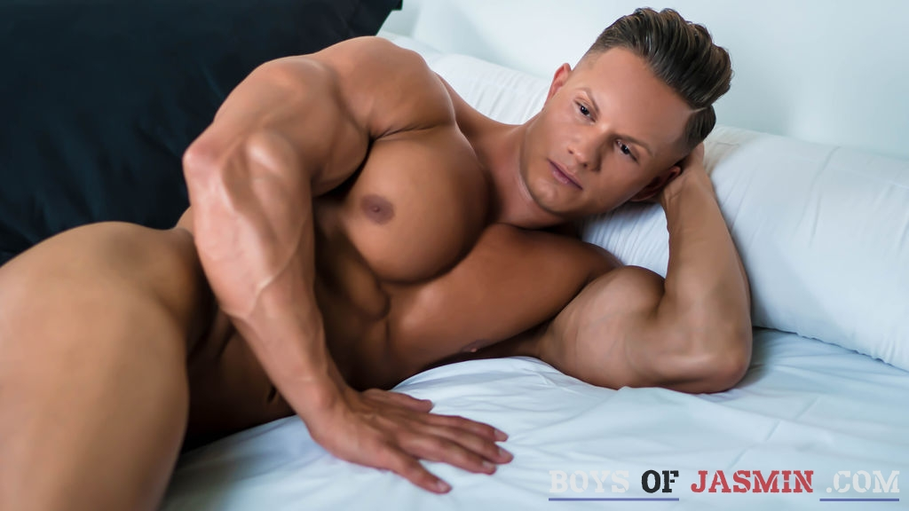 DarioDeMarco's profile from LiveJasmin at BoysOfJasmin'