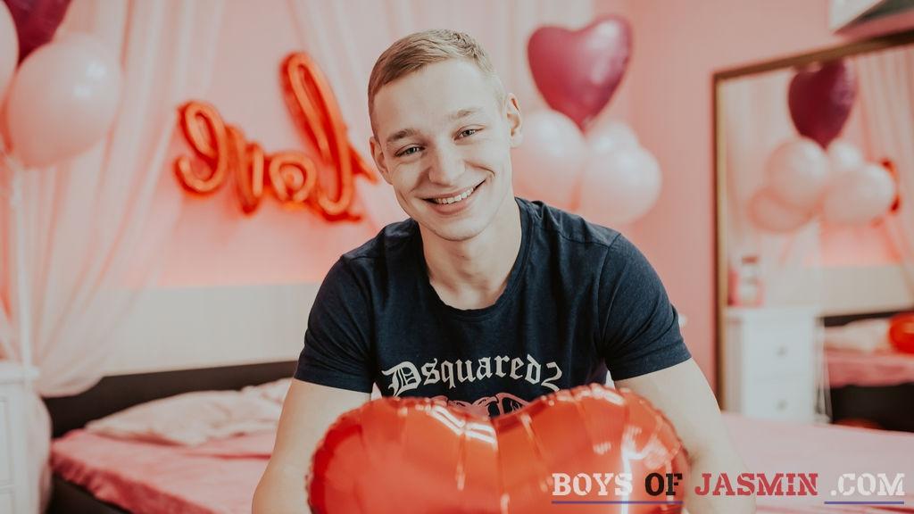 BlerStrong's profile from LiveJasmin at BoysOfJasmin'