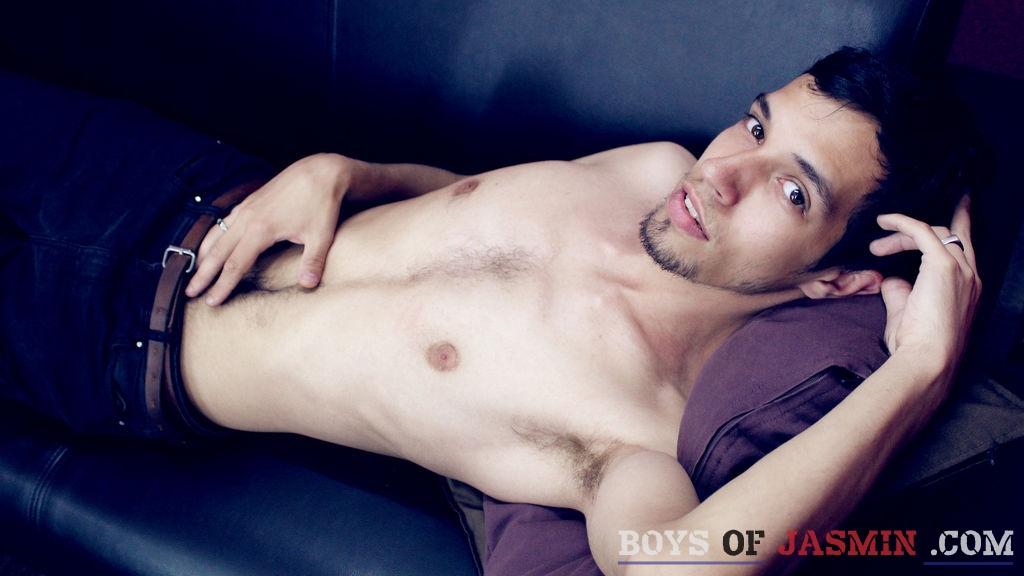 NickRodger's profile from LiveJasmin at BoysOfJasmin'