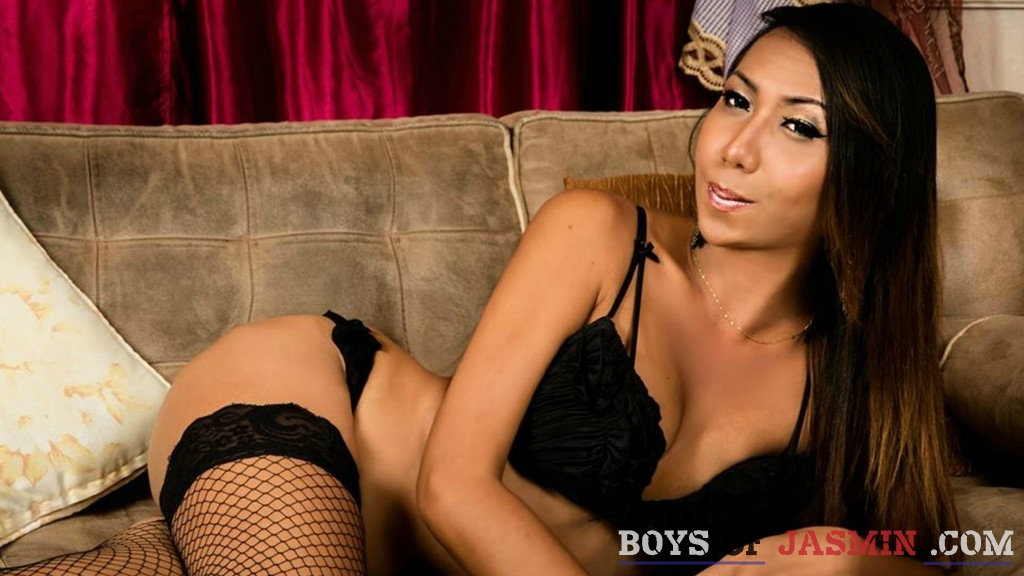 QueenDominantrix's profile from LiveJasmin at BoysOfJasmin'