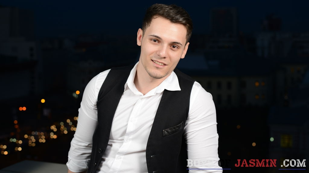 BriannSmithh's profile from LiveJasmin at BoysOfJasmin'