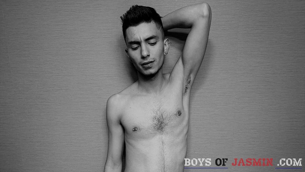 AaronHotcokk's profile from LiveJasmin at BoysOfJasmin'