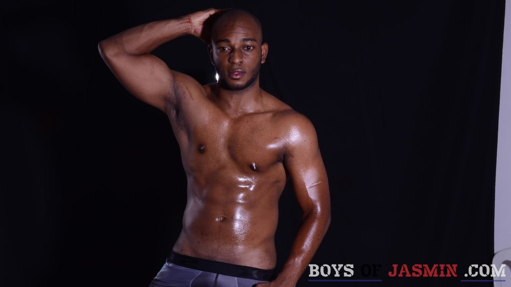 carlitomaquina's profile from LiveJasmin at BoysOfJasmin'