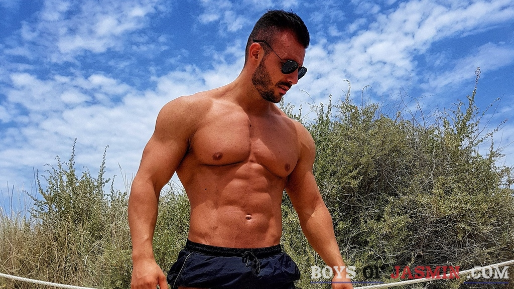 muscletrebor's profile from LiveJasmin at BoysOfJasmin'