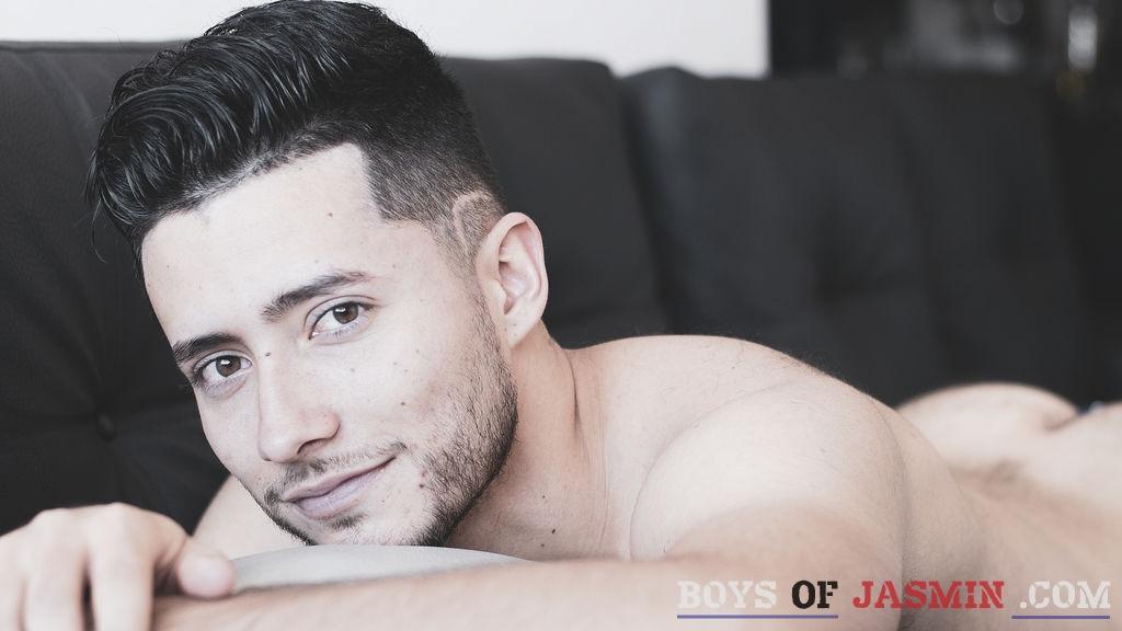 anthonyreall's profile from LiveJasmin at BoysOfJasmin'