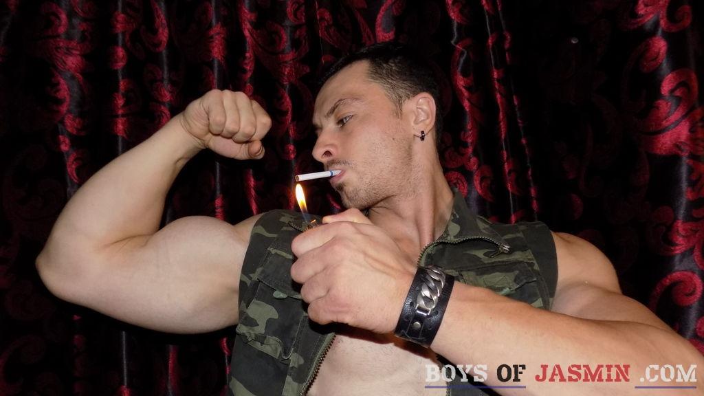 Love2DomU's profile from LiveJasmin at BoysOfJasmin'
