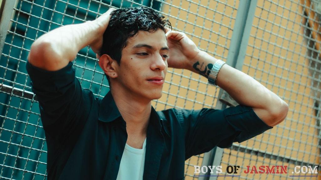 AronHit's profile from LiveJasmin at BoysOfJasmin'