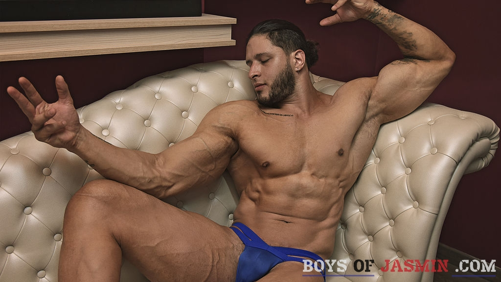 OrlandoGray's profile from LiveJasmin at BoysOfJasmin'
