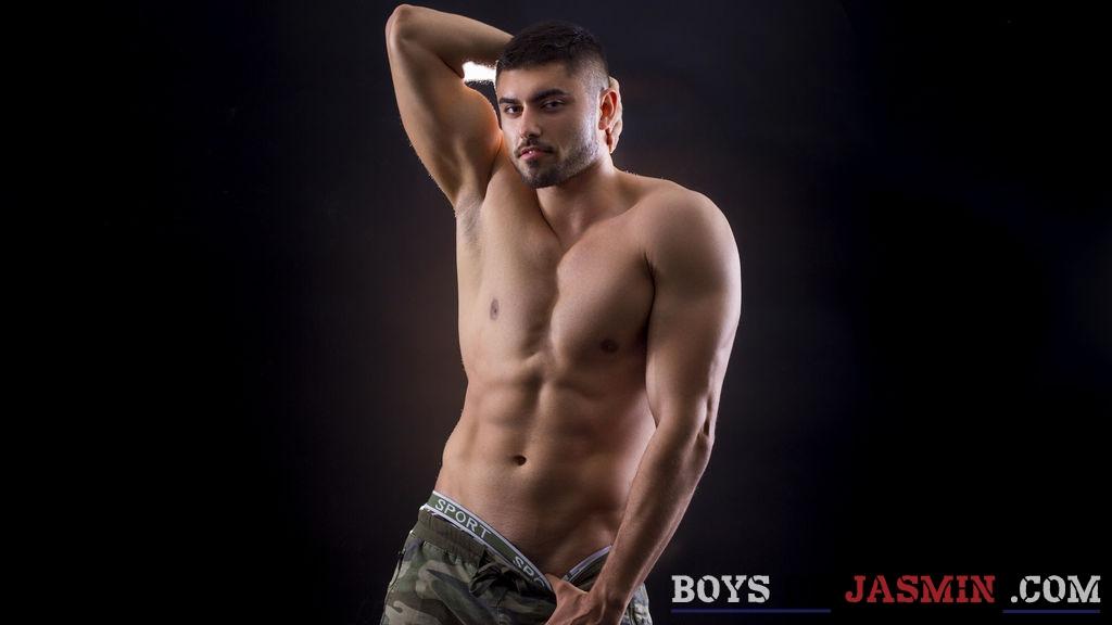MarkGrayy's profile from LiveJasmin at BoysOfJasmin'