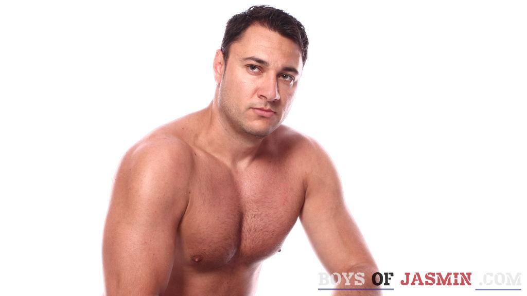 veryniceboy1's profile from LiveJasmin at BoysOfJasmin'