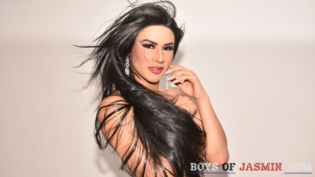 AMBERlatinaTS's profile from LiveJasmin at BoysOfJasmin'